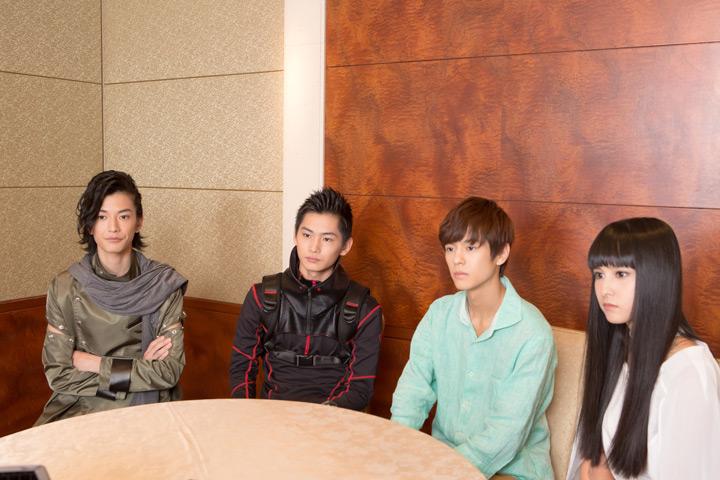 左から、渡邊圭祐、押田岳、奥野壮、大幡しえり。